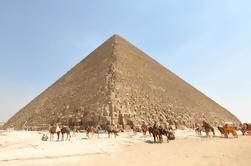 Excursión de un día privado: Pirámides de Giza, Esfinge y Sakkara desde Hurghada
