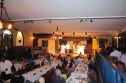 Cena y espectáculo folclórico panameño