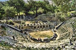 Priene, Didyma y Mileto: Excursión privada de día completo desde Kusadasi