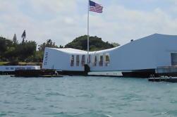 Recorrido por el Museo de la Aviación del Pacífico y el Memorial de USS Arizona