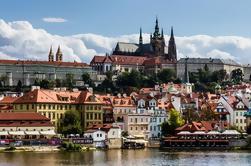 Le meilleur de Prague: visite de la ville, croisière en bateau et déjeuner typique tchèque