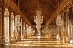 Excursión de un día para grupos pequeños de Giverny y Versailles desde París