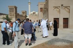 Recorrido cultural del distrito Al Fahidi Al Bastakiya en Authentic Old Dubai