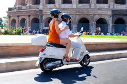 Excursão guiada do Colosseum e do Scooter em Roma