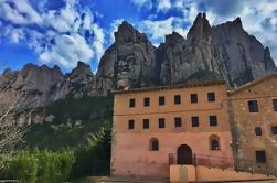 Acceso temprano Montserrat Tour y Iglesia de Santa Cecilia con Brunch y Vino de Barcelona