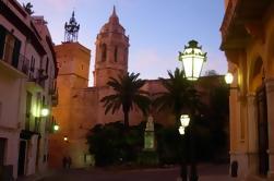 Tour privado de día completo a Sitges y Bodegas Torres