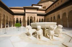 Excursão de um dia em Granada incluindo Alhambra e Jardins do Generalife de Sevilha