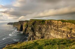 Excursión de un día a los acantilados de Moher y Doolin desde Dublín