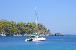Los Cabos Shore Excursion: Crucero de Vela y Snorkel