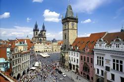 Tour de Praga de día completo con crucero por el río Vltava, Castillo de Praga y Almuerzo