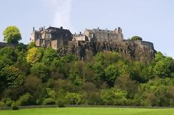 Excursión de un día al grupo de pequeños grupos de Edimburgo y Stirling Castle y Loch Lomond