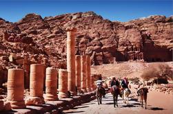 3 Noches 4 Días Private Jordan Glorious Destacados Tour: Petra-Wadi Rum-Aqaba
