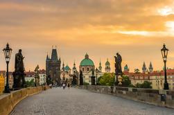 Transfer de ida e volta com escala de Cesky Krumlov para Praga