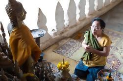 Private Luang Prabang Tour Incluindo Pak Ou Cave e Nam Ou River Cruise