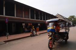 Templos privados de Luang Prabang por Tuk-Tuk