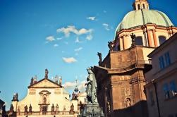 Excursión a pie para grupos pequeños en Praga: casco antiguo, plaza de Wenceslao y barrio judío