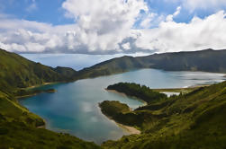 Tour privado de medio día: Lagoa do Fogo con degustación de licores