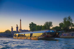Bateaux-Mouches 3 horas de crucero por el río Sena incluyendo cena y música en vivo