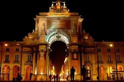 Private tour: Lissabon Fado Dinner Show en Panoramic Night Tour
