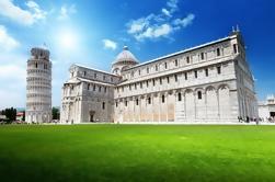 Pisa y Lucca Tour semi-independiente en autobús desde Florencia