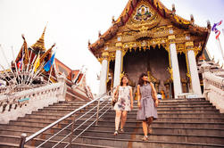 Private Tour: Night Market and Temple Visit with a Local