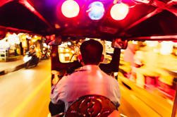 Tour privado: Bangkok por la noche con un local