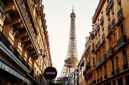 Tour privado a pie con puntos culminantes y joyas ocultas de París