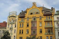 Passeio à beira mar de Cubismo e Art Nouveau de Praga