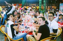 Private Tour: Vida nocturna de Saigon con música y cerveza y comida callejera en moto