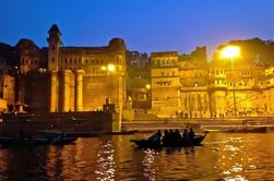 Varanasi privado de 3 días y Tour de templos eróticos de Khajuraho