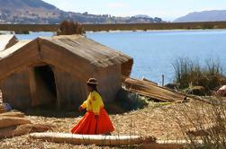 Excursión de medio día a las islas flotantes de Uros desde Puno