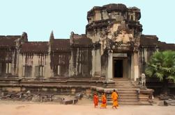 Private Tour: Angkor Wat und die Königliche Tempel Ganztägige Tour von Siem Reap