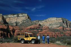 Excursión combinada de degustación de jeep y vino de Sedona