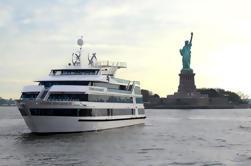 Crucero de la cena de las luces de la ciudad de Nueva York con la mejora opcional del asiento de la ventana