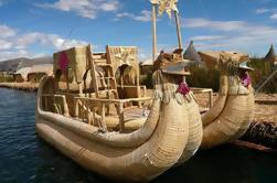 Tour de medio día a las islas flotantes de Uros desde Puno