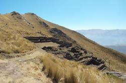 Caminata de día entero a la Montaña Wanakauri desde Cusco