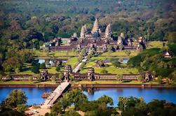Tour privado de Angkor Wat desde Siem Reap