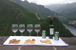 Fiesta en la Gran Muralla intacta de Beijing con almuerzo y cata de vinos