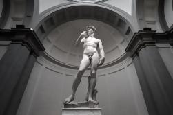 Uffizi y Paseo a pie Accademia