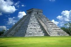 Excursión de un día a Chichén Itzá con Cenote y Valladolid