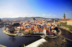 Viaje de ida y vuelta privado de Praga a Salzburgo Via Cesky Krumlov