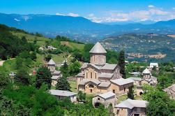 Excursión de 1 día a Kutaisi: Cuevas de Sataplia y Prometeo y monumentos históricos