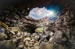 Cueva de lava de Vídgelmir y excursión de un día a la piscina termal de Húsafell desde Reykjavík