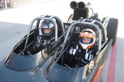 Paseo a lo largo de un Dragster en Bandimere Speedway