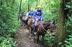Equitación en 100% Aventura Park