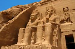 Private Tour: Abu Simbel de Minibus de Assuão