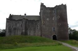 Excursión de la orilla: Castillo de Doune, Trossachs y Loch Lomond en un minibús privado de Edimburgo