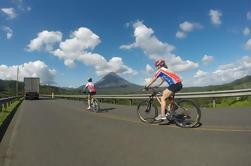 Recorrido en bicicleta alrededor del lago Arenal