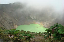 Volcán Irazú, Ruinas de Cartago y Tour del Río Sarapiqui desde San José
