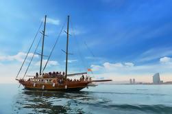 Crucero de Barco de Madera en Barcelona